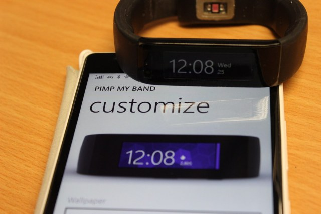 Microsoft Band with Pimp my Band app