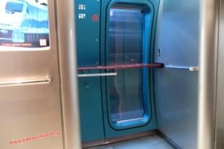 CIMG1243 Limited express Sonic (Beppu-Fukuoka) 13-07-2010 copia