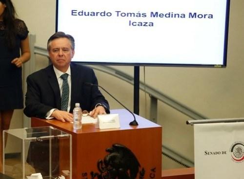 Eduardo Medina Mora durante su comparecencia en el Senado el 2 de marzo. Foto Carlos Ramos Mamahua