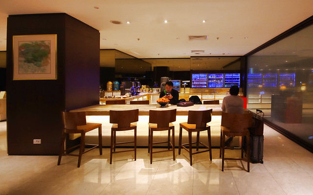 silverkris lounge in changi airport terminal 2
