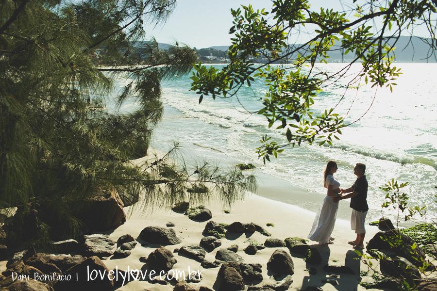 danibonifacio-lovelylove-fotografia-ensaio-gestante-gravida-book-praia-balneariocamboriu-bombinhas-portobelo5