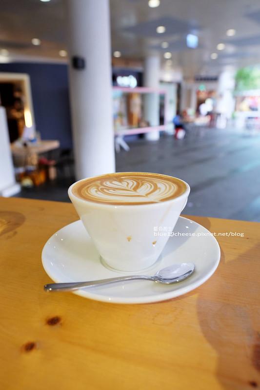 28862433736 36bb58cf9d c - Vespresso cafe bar-結合貨櫃汽油桶特色咖啡館.假日逛市集約會親子遊.草悟廣場.Hotel One旁.勤美誠品商圈(已歇業