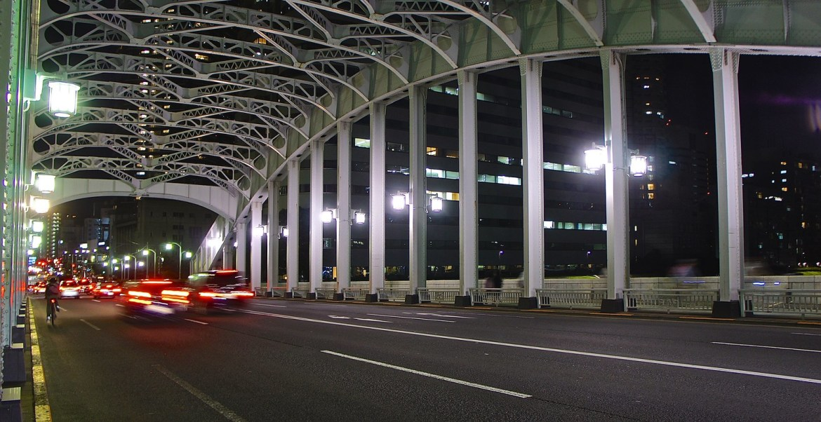 Traffic on the Kachidoki Bridge at night