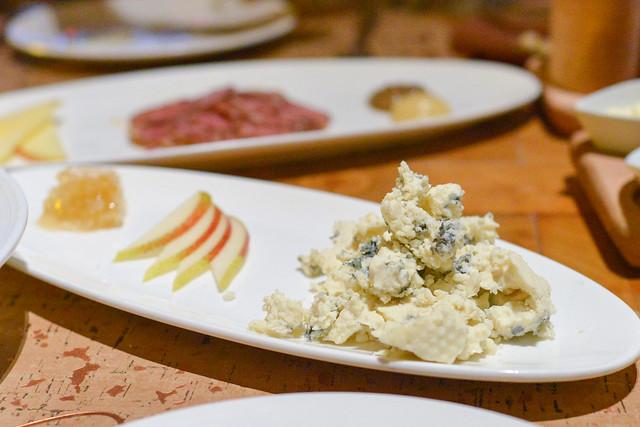 Gorgonzola Dolce with raw pear honey