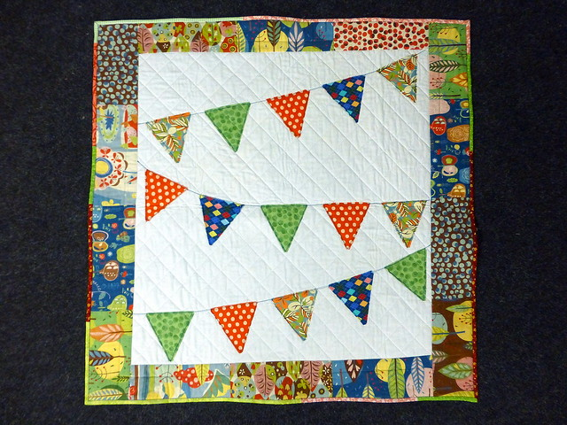 Bee Blessed Bunting baby quilt