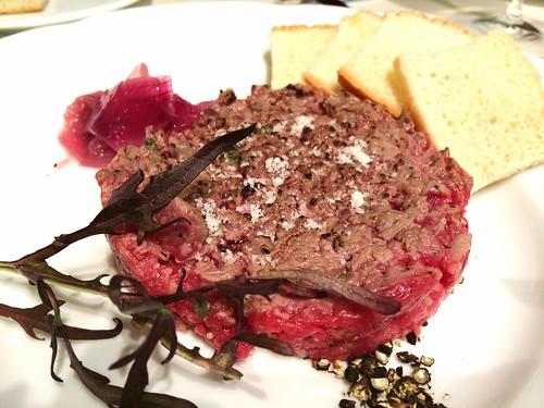 牛肉のタルタル@カルネヤサノマンズ