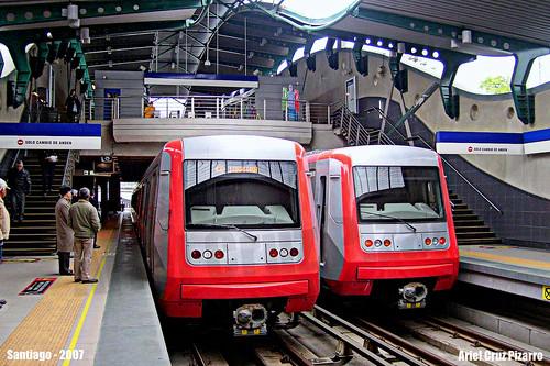 Metro de Santiago - Alstom AS2002 - Rotonda Quilín (L4)