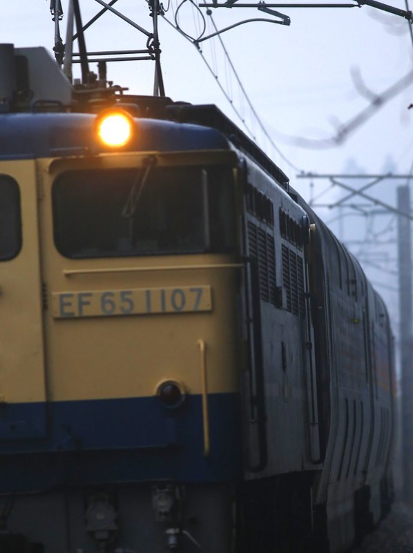 "EF65-1107 & Series E26 ""CASSIOPEIA""  Test run"