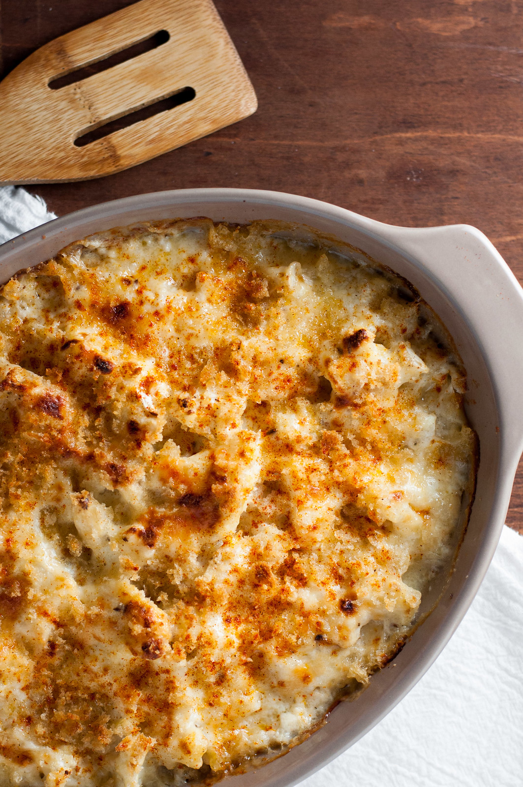 Indulgent vegetarian smoked cheddar and cauliflower gratin