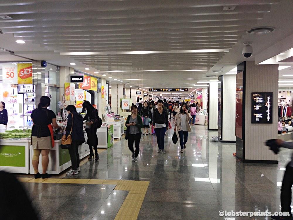 2 Oct 2014: Gangnam Underground Shopping Arcade @ Express Bus Terminal Station   Seoul, South Korea