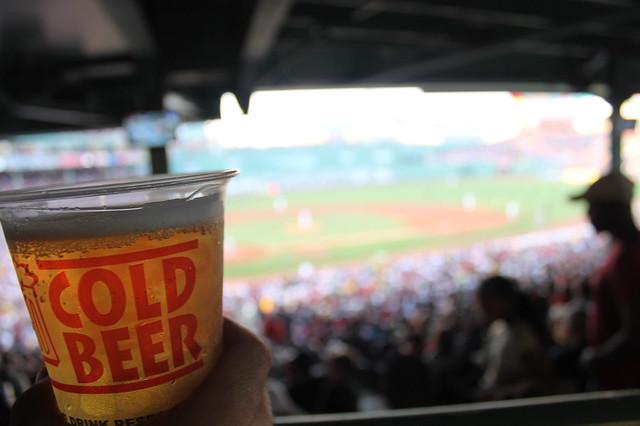 Cerveza fría para 3 horas de partido