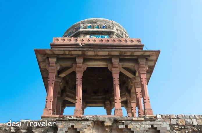 Jahaz Mahal Delhi Heritage