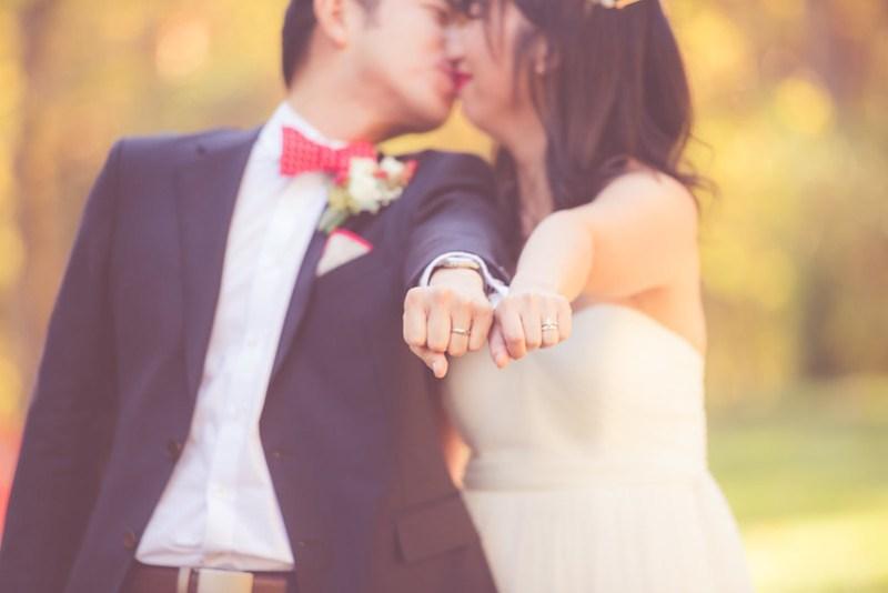 Self-uniting wedding ceremony script on @offbeatbride