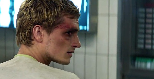 mockingjay-part-1-peeta