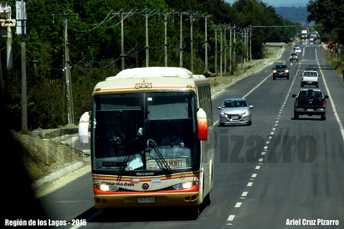 Cruz del Sur - Marcopolo Viaggio 1050 / Mercedes Benz (YX5183)