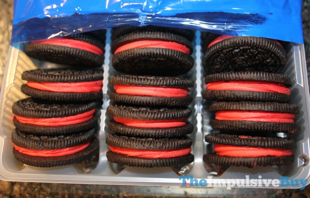 Limited Edition Swedish Fish Oreo Cookies 2