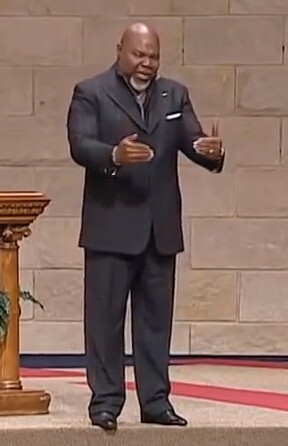 4 Things I Learnt Watching TD Jakes Preaching The House Down – Grow