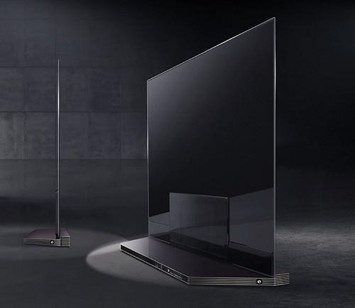"""ดูความบางของ LG SIGNATURE OLED TV 77"""""""