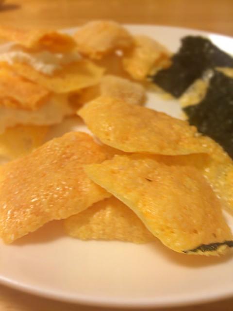 アーモンドプードル使用レンチンカリカリチーズ