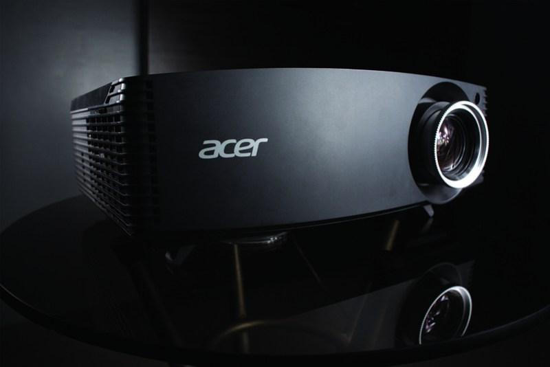 P7605 Projector