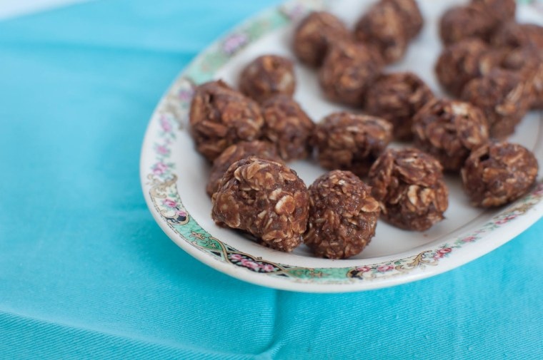 Chocolate Peanut Butter Energy Balls 5