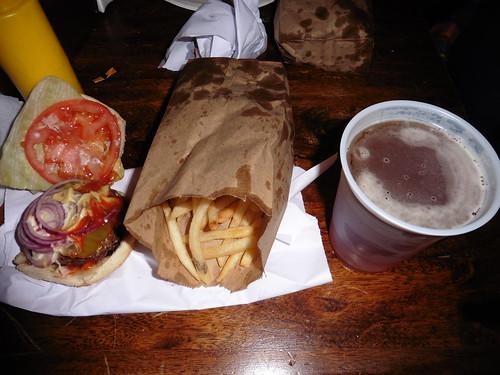 Dónde comer y gastronomía en Nueva York: Hamburguesa en Burguer Joint.