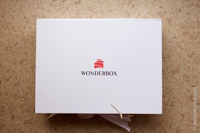 01 Wonderbox April 2015