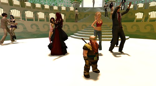 Dwarfin On The Dancefloor