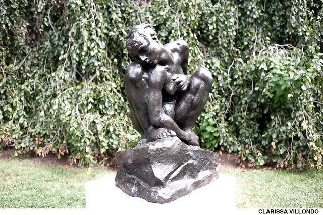 Creepy Statues-3