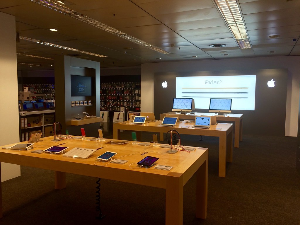 Apple Shop en El Corte Inglés Murcia