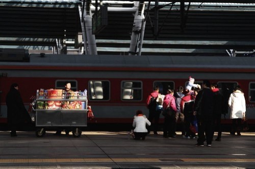 Food cart on the platform at Beijing West Railway Station