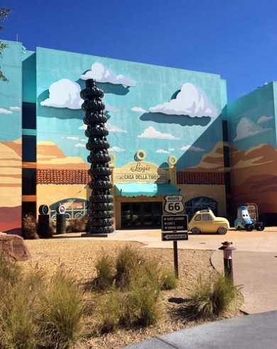 Orlando - Disney World - Disney's Art of Animation Resort - Cars - Luigi's Casa Della Tires