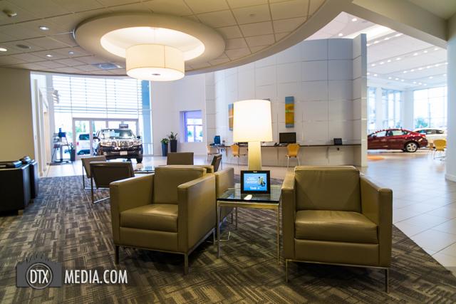 Burleson Honda Lounge