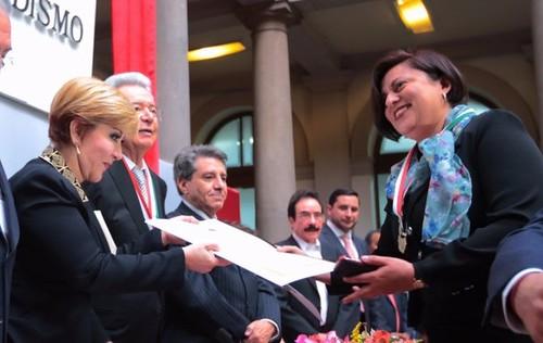 Premia el Club de Periodistas a 'La Jornada'