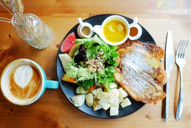 29646291595 063f9b41ea z - 工業風裝潢x豐盛早午餐讓心和胃都好飽足,來好拍又好吃又健康的《Heynuts Café 好堅果咖啡》根本一舉二得!!