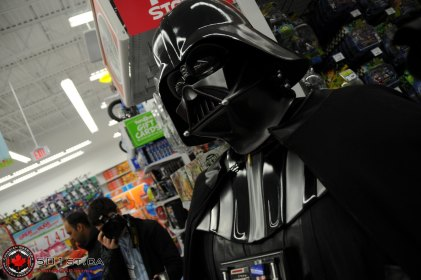 Toys-R-Us Opening - Mississauga - 2009