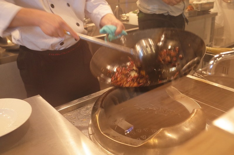 kitchen cooking 歌樂山辣子雞・麻辣海鮮「孫悟空」