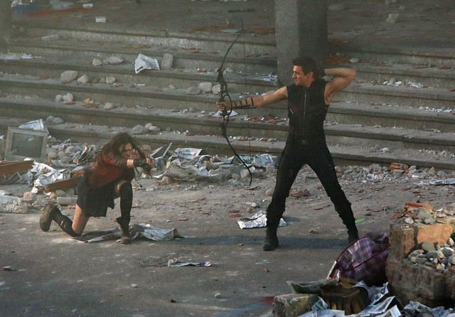 avengers age of ultron scarlet witch hawkeye