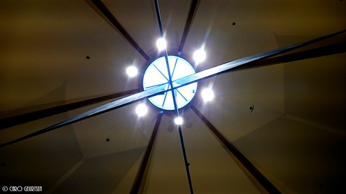 anderskijken1_boven_plafond_winkelcentrum_md