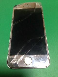 160_iPhone5Sのフロントパネル液晶割れ
