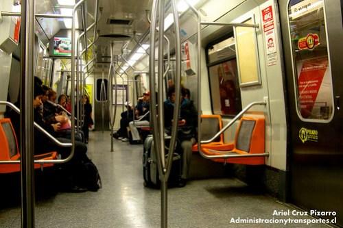 Metro de Santiago - Alstom AS2002 R4404 - Vicuña Mackenna (Línea 4A)