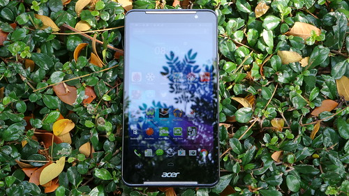 Acer Iconia Talk S ด้านหน้า