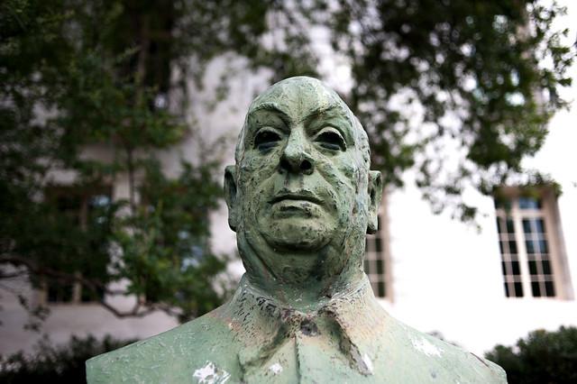 Creepy Statues NO WM2-1