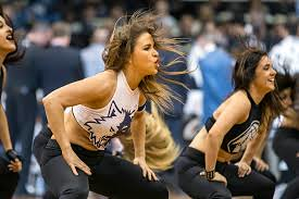 wolves dancers