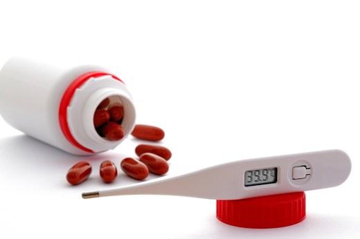 de ce mi s-ar umfla picioarele la întâmplare durerile corporale provoacă febră