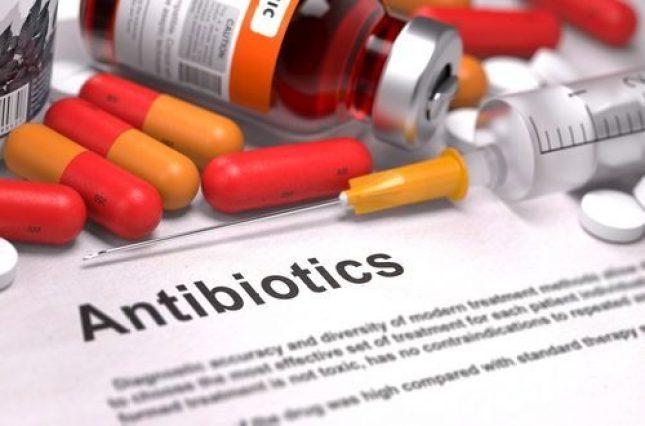 Антибиотики и вероятность аллергии на продукты питания у детей