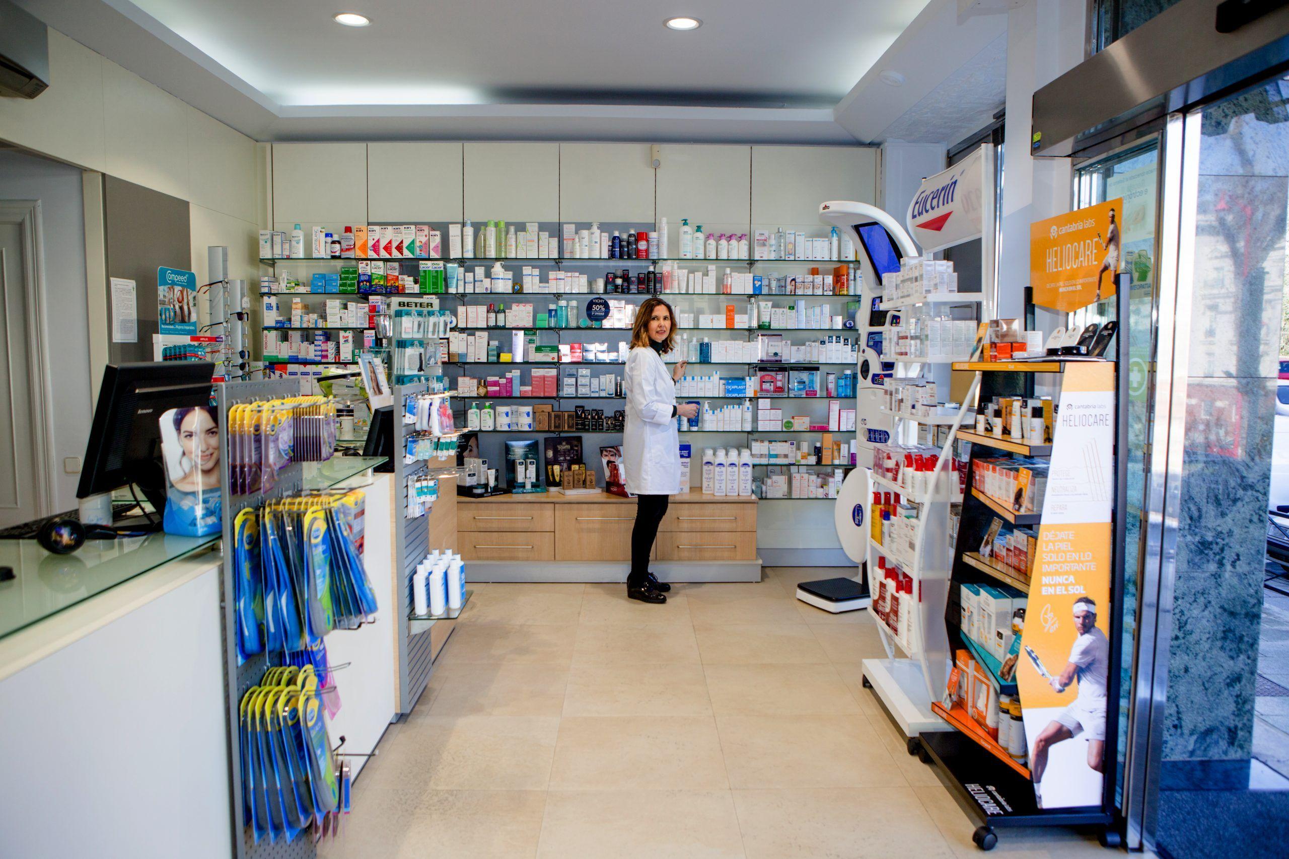 Farmacia Rosa Pérez - Vista Lateral