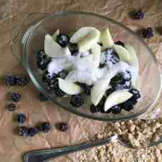 Bramble (Blackberry) and Apple Crumble Recipe