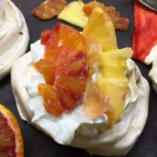 Make these Brilliant low fat Blood Orange, Pineapple min Pavlovas, only 200 kcal each #lowfar #pavlova