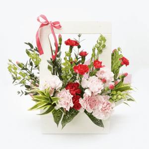 Maternal Love Bloom Box